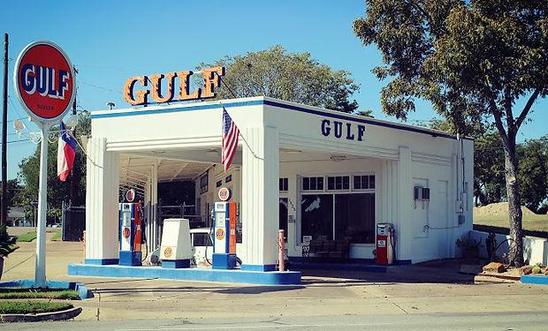 Gulf Gas Station 1.jpg