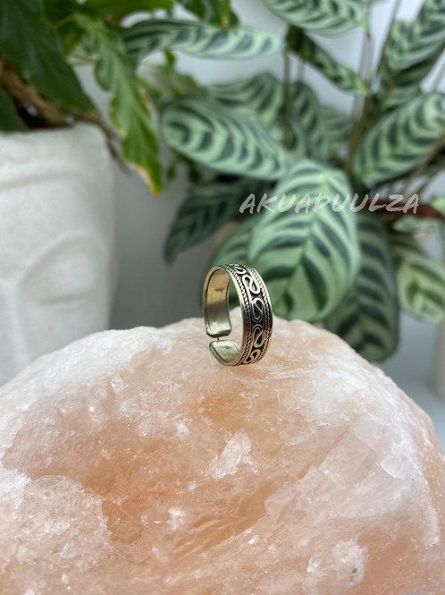 Ethnic band ring made in Nepal / Bohemian Nepali Ring