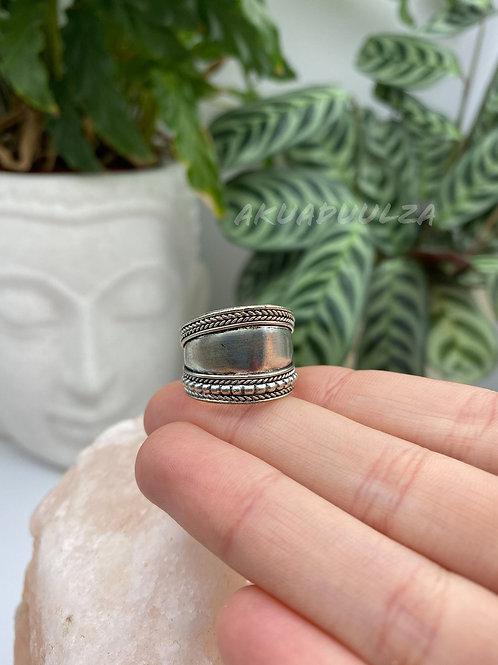 Tibetan Ring / Bohemian Ring / Gipsy ring