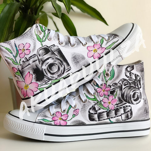 Vintage Floral Camera hand painted shoes / Black and white Camera Canvas Shoes