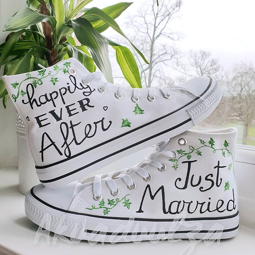 Just Married hand painted shoes / Bridal custom shoes / Unique wedding shoes