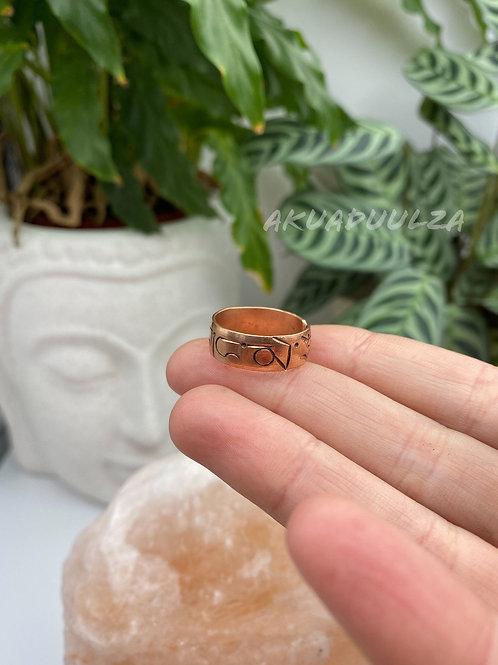 Buddhist Mantra Ring / Tibetan Om Mani Padme Hum ring