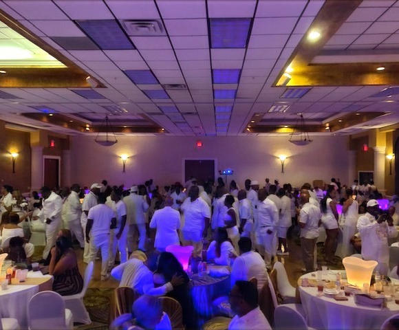 Mu Mu Nu Chapter All White Party