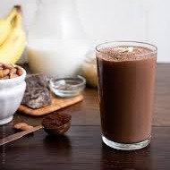 Chocolate Almond Smoothie | 16oz
