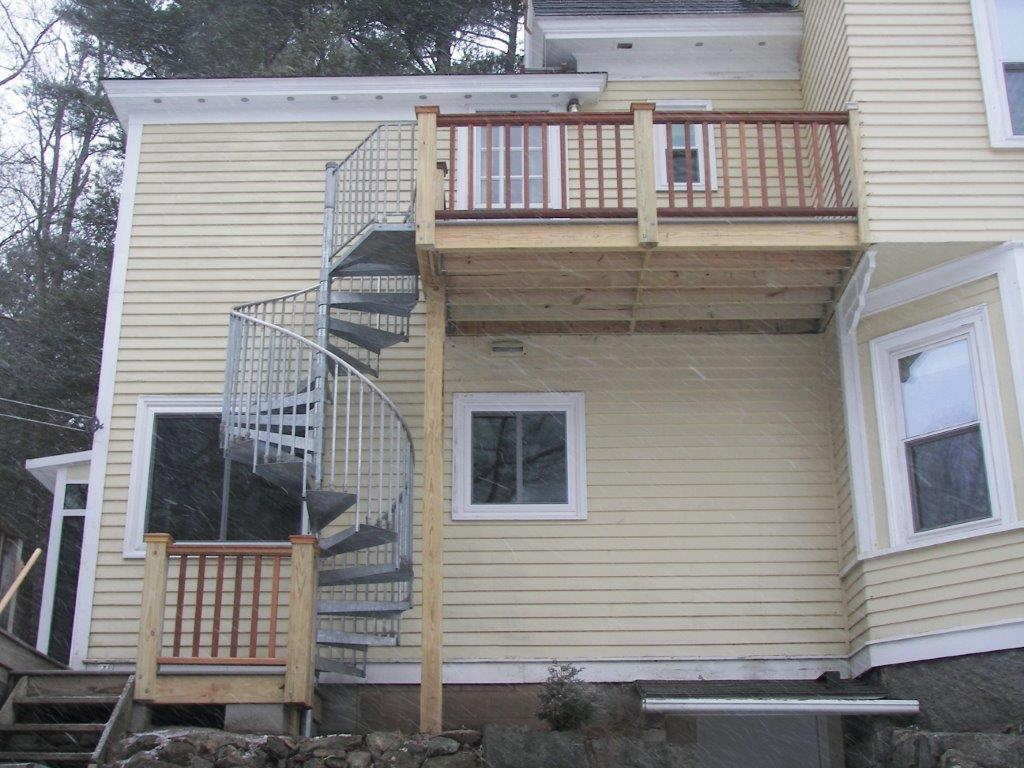 New upper deck, staircase and lading