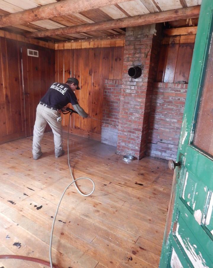 power washing mudroom floors