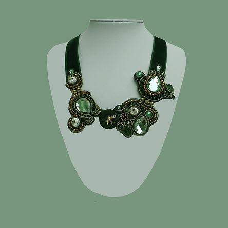 collar verde 1.jpg
