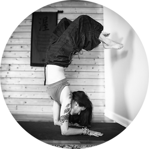 forearm-stand.png