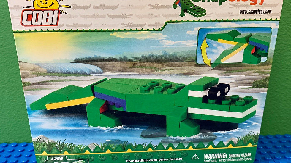 Sebastian the Snapology Alligator Building Set