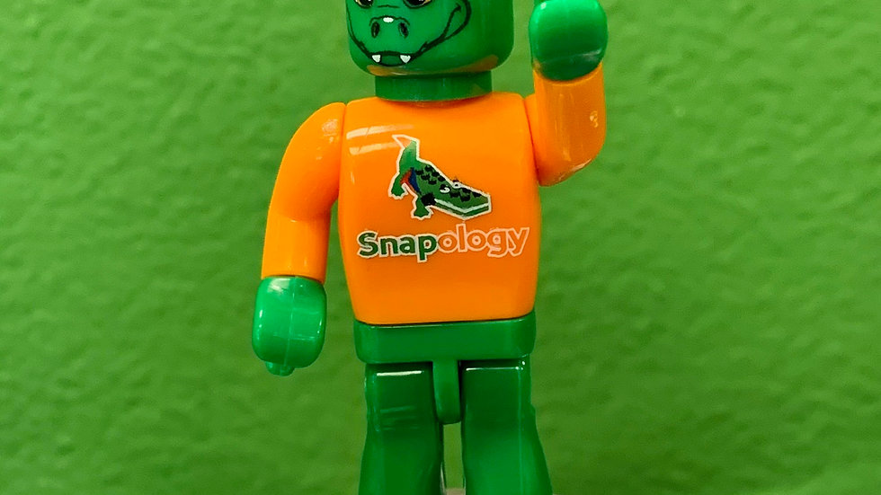 Sebastian the Snapology Alligator Minifigure