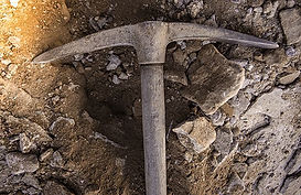 Mining pick axe
