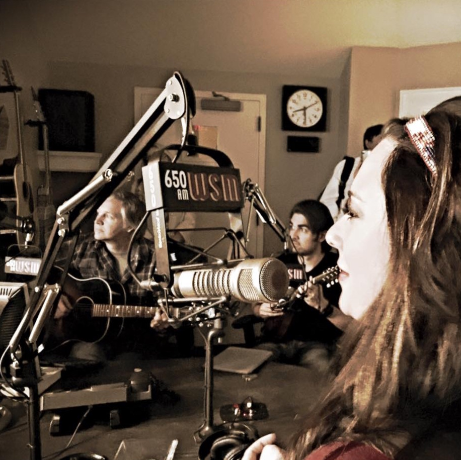 WSM Radio - Amber Hayes
