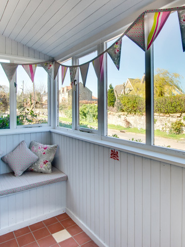 Farley Cottage - porch.jpg