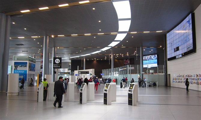 Aeroporto El Dorado, hub da Avianca Holdings, em Bogotá