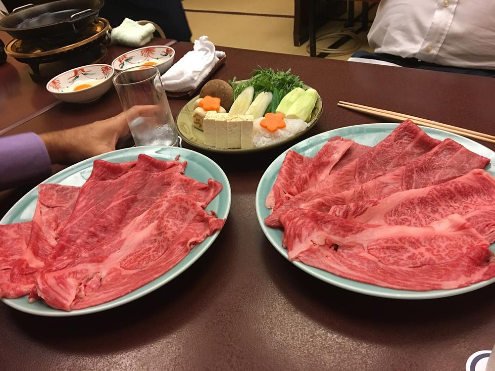 Sukiyaki de wagyu do Imahan (Foto: Marcelo Fernandes)