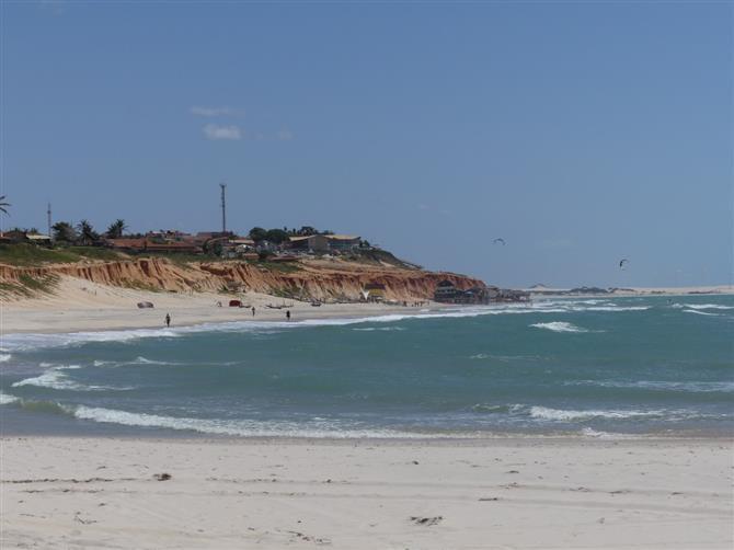 Rota das Falésias, um dos cartões postais do Ceará (Foto: Marcos Martins)