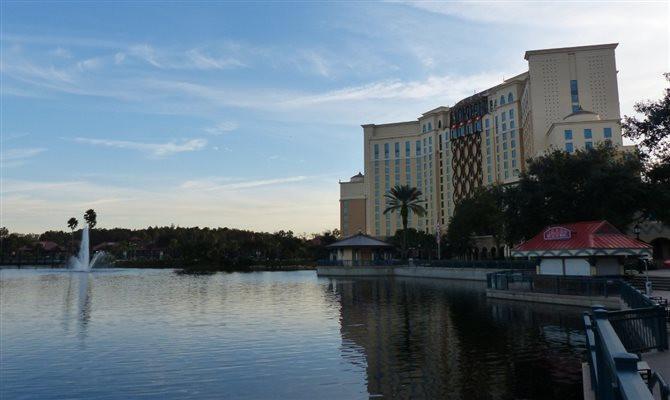 A plataforma em português conta com mais de 260 páginas sobre o Disneyland Resort