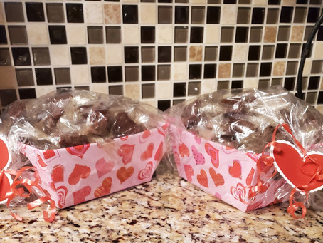 Support Heart of the City! Pre-order your Valentine's Day candy by February 9, 2021
