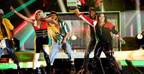 Salt-N-Pepa and En Vogue Reunite for Funky Hit-Filled Medley at the 2018 Billboard Music Awards