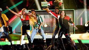 Salt-N-Pepa and En Vogue Reunite for Funky Hit-Filled Medley at the 2018 Billboard Music Awards