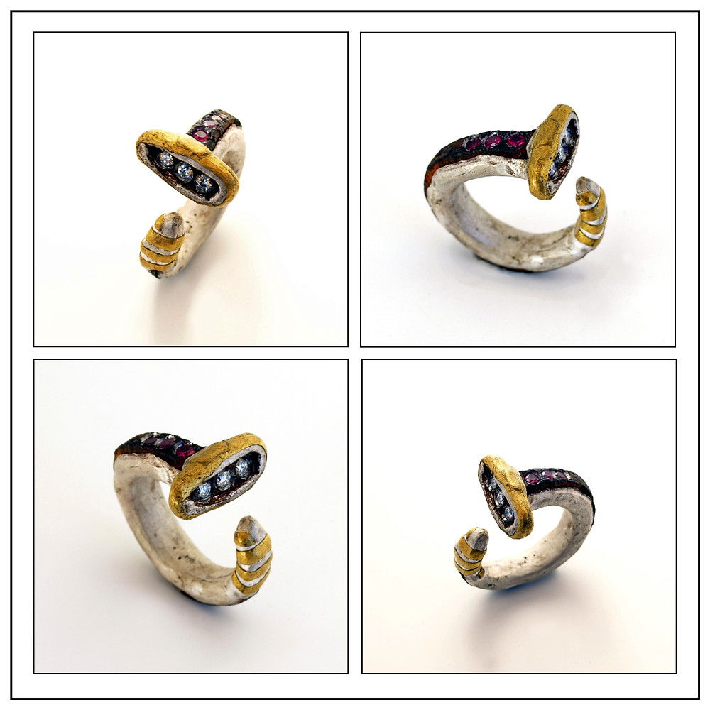 Microfficina gioielli artigianali. Anello in ferro, oro e argento 999