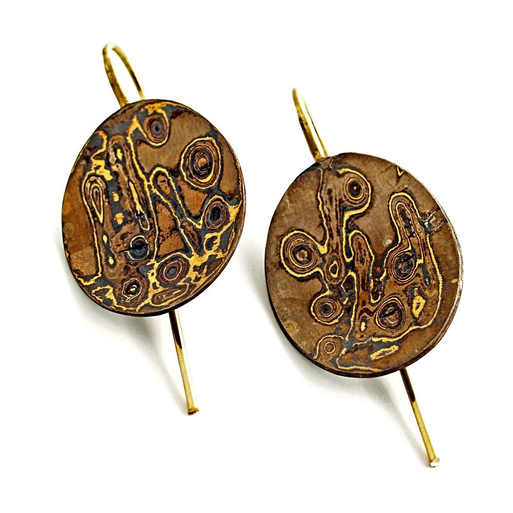 Orecchini in oro puro, oro 500% e argento. tecnica mokume gane. Gioielli artigianali