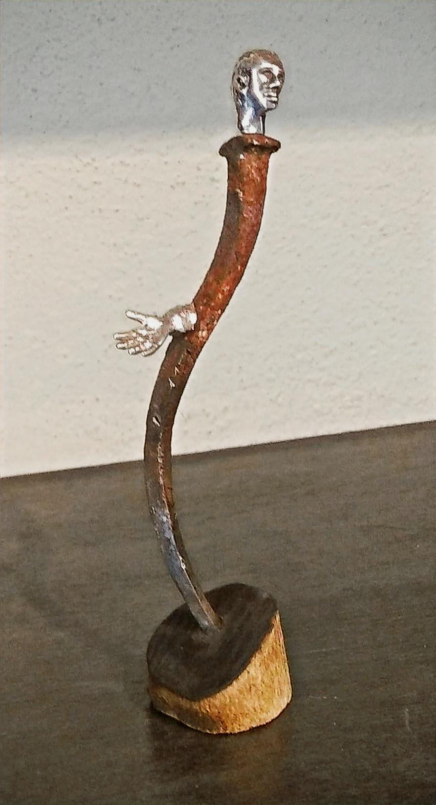 piccola scultura in argento e ferro. Gioielli Firenze