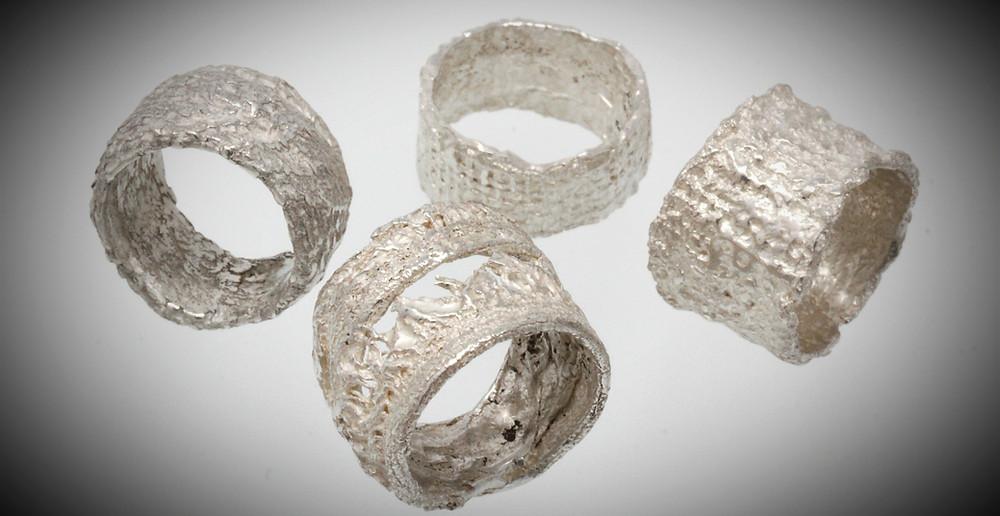 Anelli a fascia in argento 925%. Microfficina gioielli artigianali