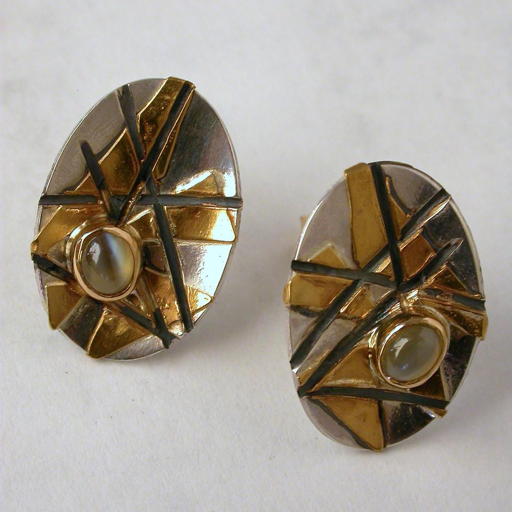 Orecchini in  oro puro argento cimofane. Microfficina gioielli contemporanei
