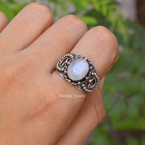 Vintage Moonstone Ring 925 Sterling Silver Ring