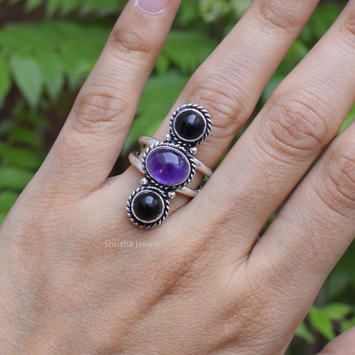 925 Sterling Silver Amethyst And Black Onyx Ring