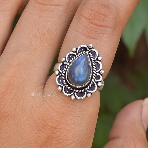 925 Sterling Silver Pear Labradorite Ring