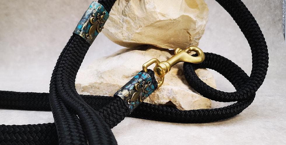 L 20  ARTIST Leine - schwarz mit türkis und  gold  138  cm