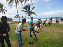 Lawrence Hill Pradise Team am Strand