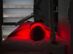 Fotobioestimulação: Conheça os benefícios da Ledterapia na Estética