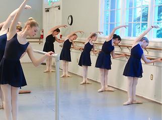 ballet at barre.jpg