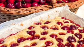 Diana's Cherry Pound Cake