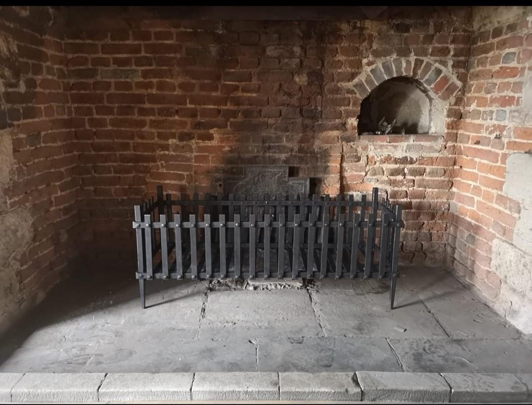 add to fireplace 2.jpg