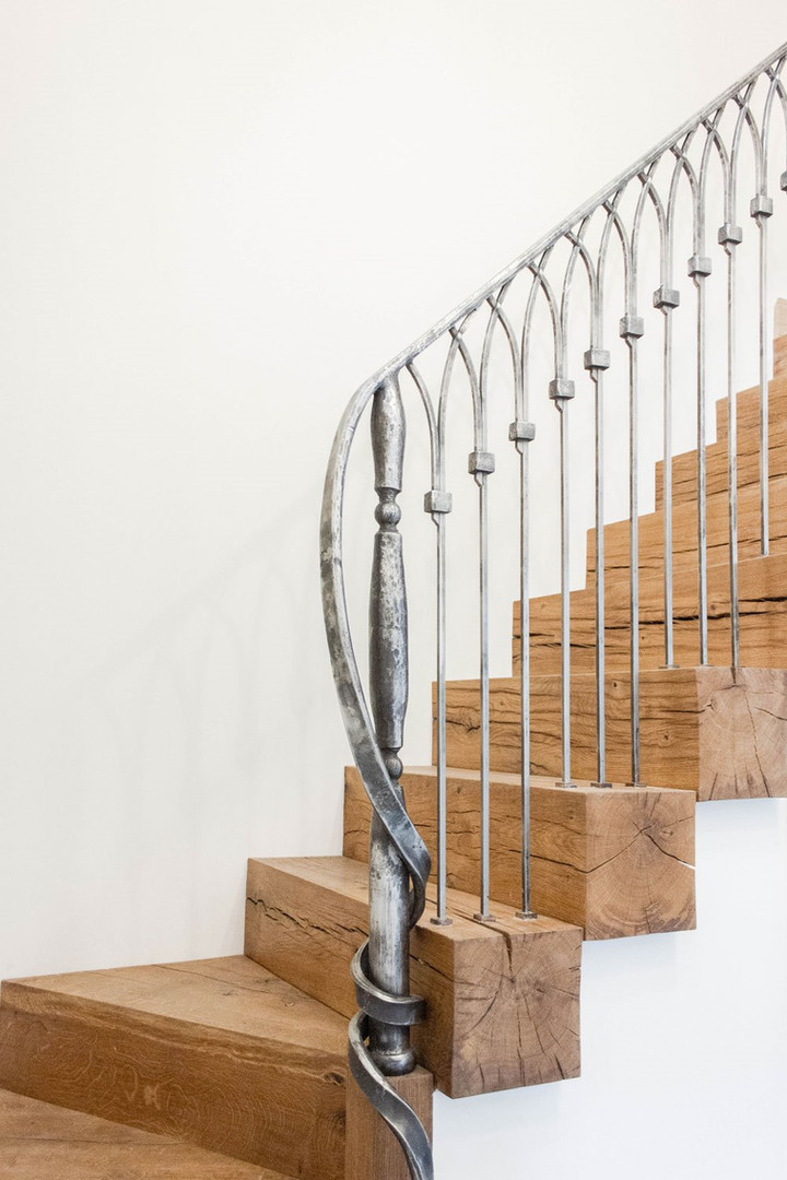 Forged stainless steel balustrade_edited
