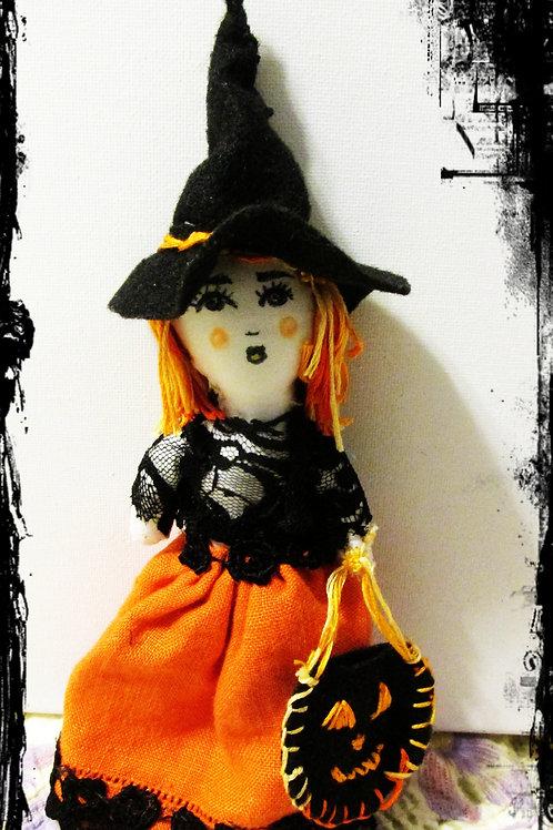 Halloween Witch Doll-Paranoid Paula