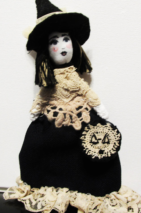 Halloween Witch Doll-Wicked Wendy