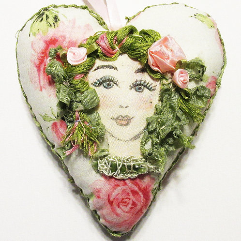 Shabby Chic Curly Sue Heart