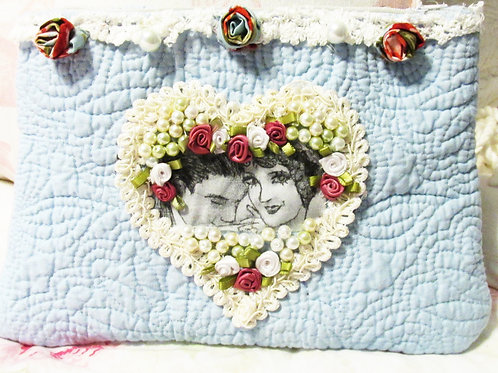 Make Up Bag-Romantic Couple