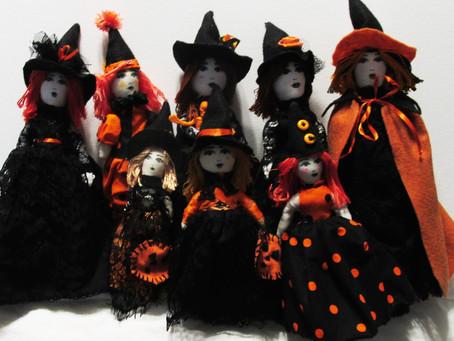Boo-tiful Witch Dolls