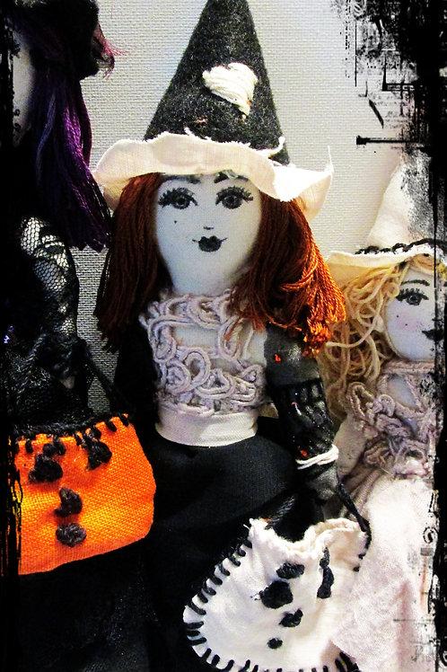 Halloween Witch-Hilda, Witch doll