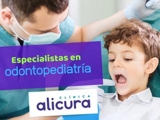 Dentista especialista en odontopediatría