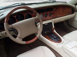 Jaguar XKR -8