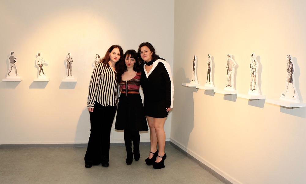 Con Violeta Risueño y Paloma Mejía, curadoras