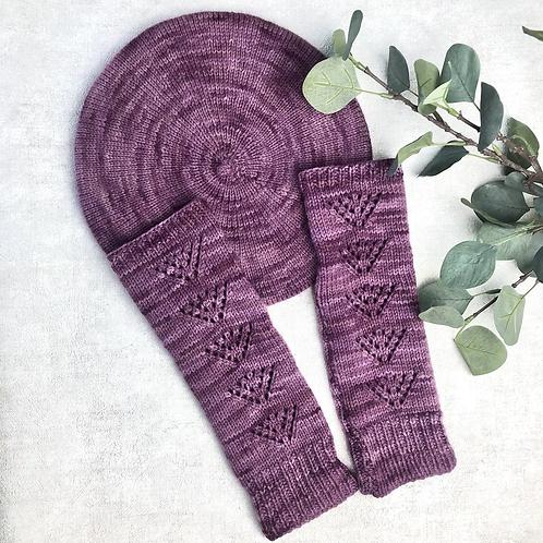 Clover Beret & Sorrel Wrist Warmers - Knitting