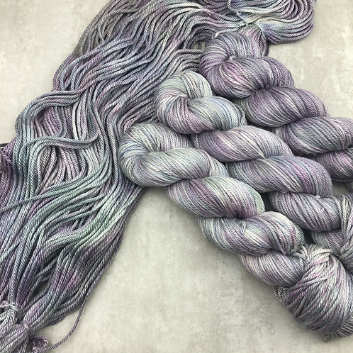 Narin - Non Superwash Merino/Silk Aran